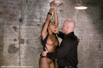 ebony sex bondage photos